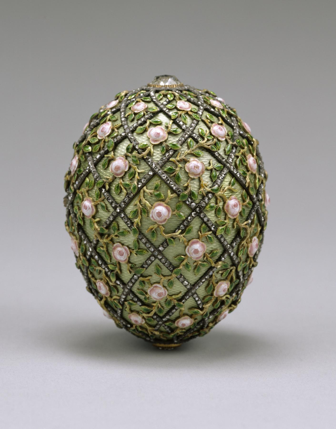 The Rose Trellis Egg
